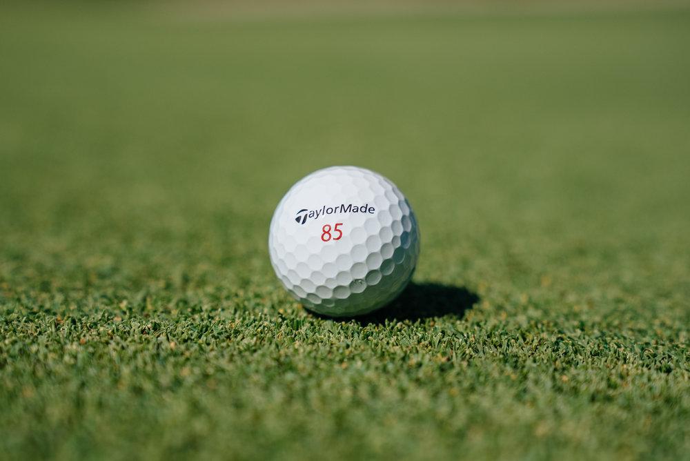 TaylorMade Golfball